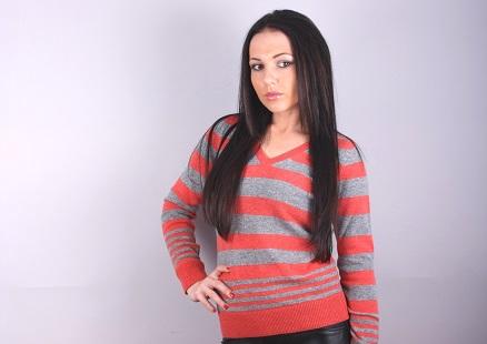 Дамски пуловер модел 1212577V3720